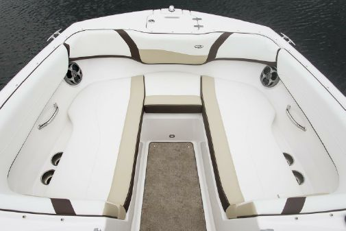 Regal 22 FasDeck image