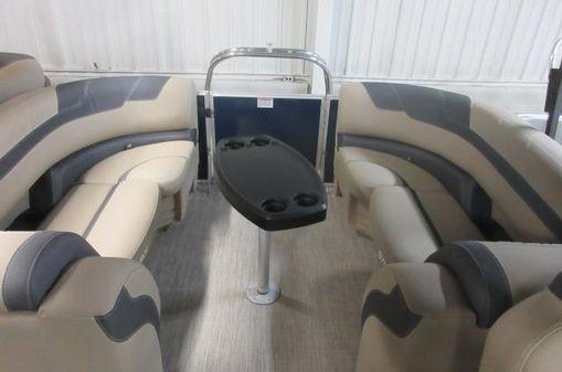 Sylvan 8522 Mirage Cruise RE image