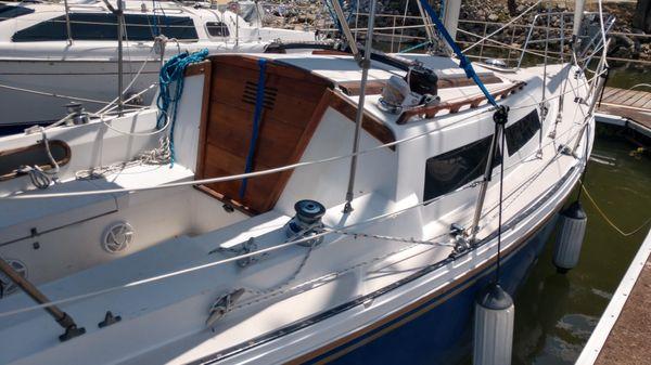 Catalina 27'