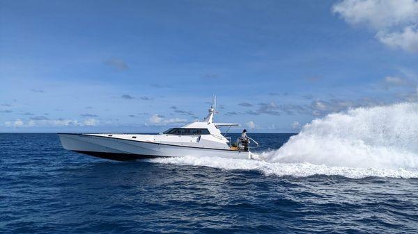 Safehaven Marine XSV 17
