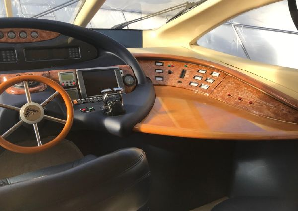 Azimut Flybridge Motor image