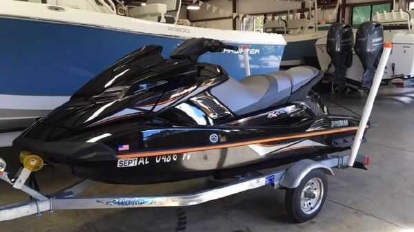 Yamaha WaveRunner FX High Output 1.8