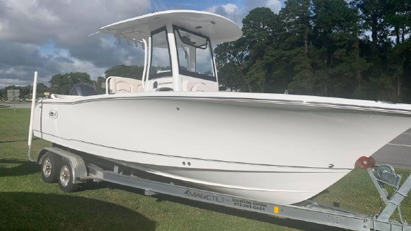 Sea Hunt 255 Ultra
