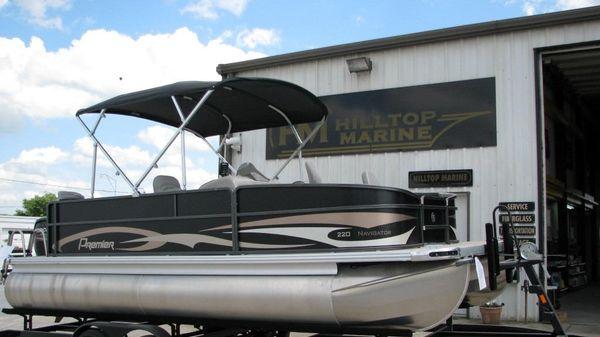 Premier 220 Navigator
