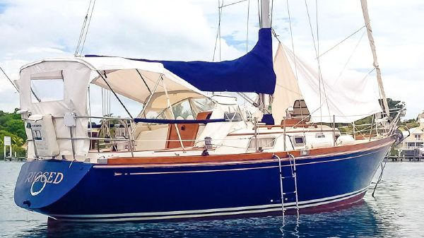Bristol 31.1 RECENT UPGRADES Cruise Equipped; Stunning Teak