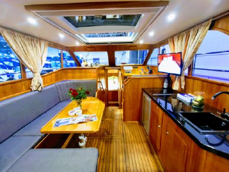 Motor Yacht Alexis 12 image