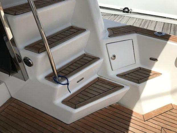 2004 Kingfisher Cruisers Sell Brokerage