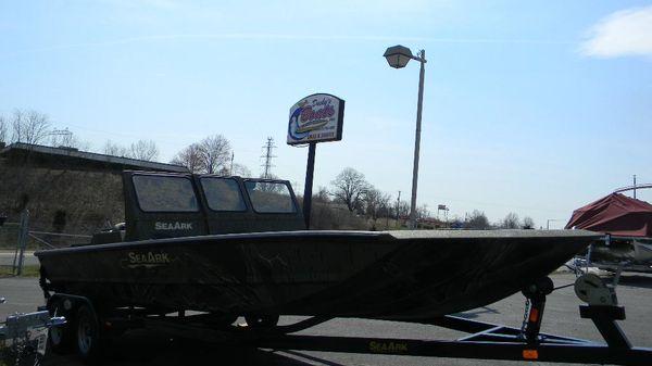 SeaArk Predator