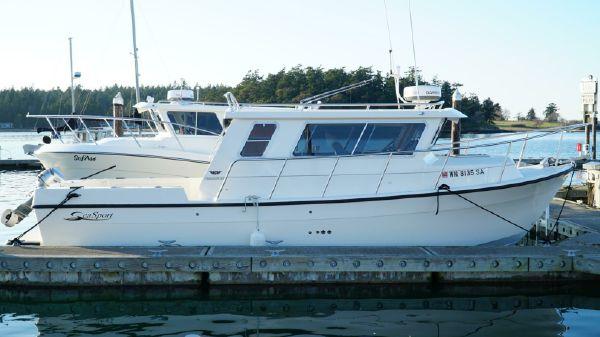 Sea Sport 28' Commander