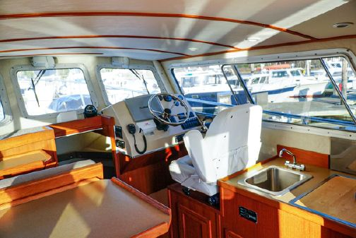 Sea Sport 28' Commander image