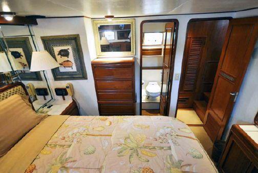 Offshore Yachts Pilothouse Motor Yacht image