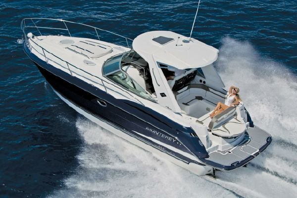 Monterey 355 Sport Yacht - main image