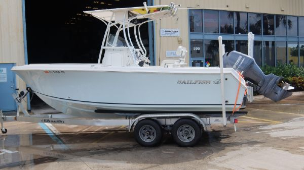 Sailfish SF220CC