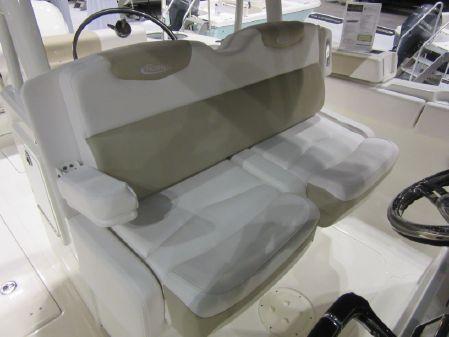 Robalo R302 Center Console image