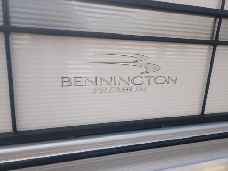 Bennington SX 22 SLXP image