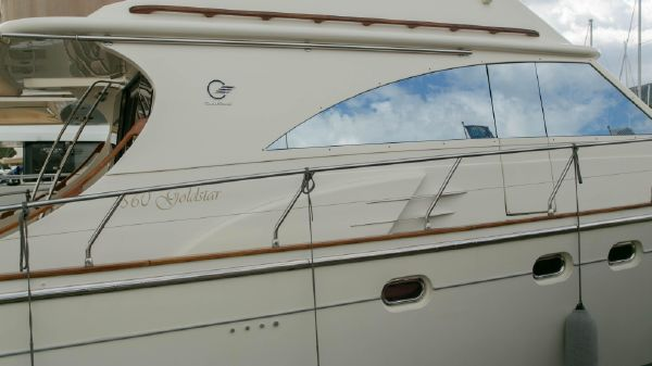 Cantieri Estensi Goldstar 560 Fly