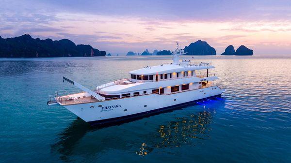 Silkline International Incat Crowther 37M Power Catamaran Incat Crowther Power Catamaran - Phatsara