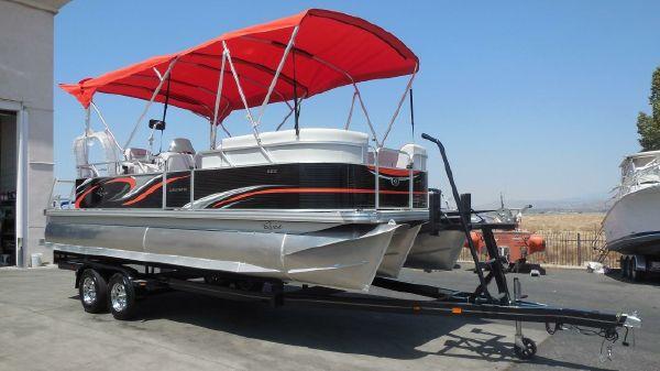 Qwest LS 822 Lanai Cruise