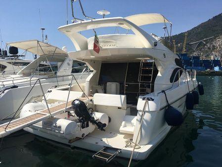 Ferretti Yachts 430 image