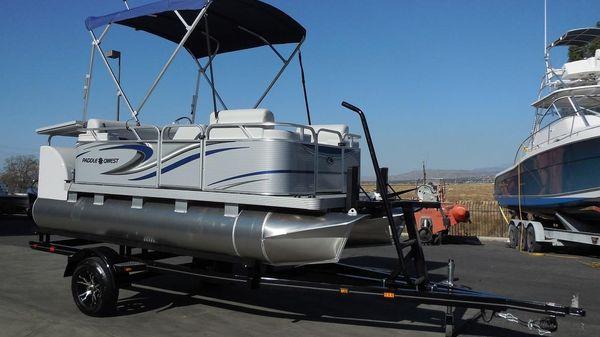 Qwest Paddle 614 Family Cruise