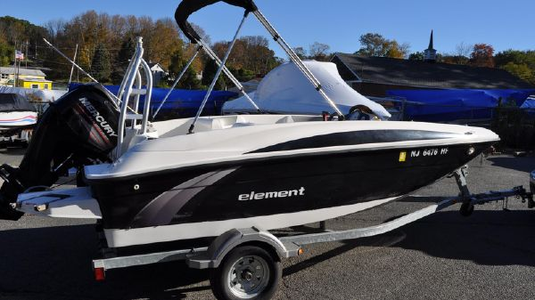 Bayliner Element 16