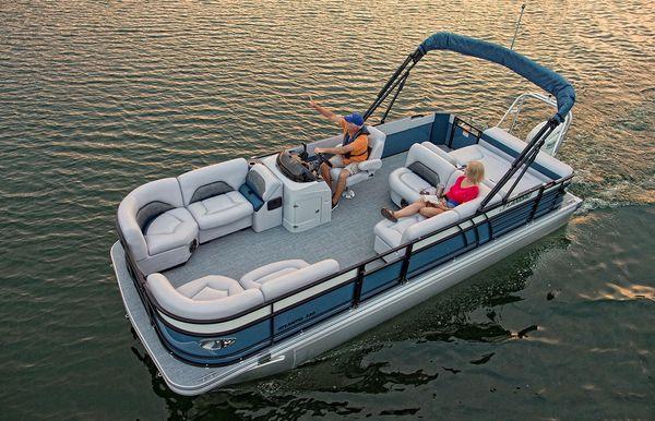 2020 Landau Atlantis 220 Cruise Rear Lounge