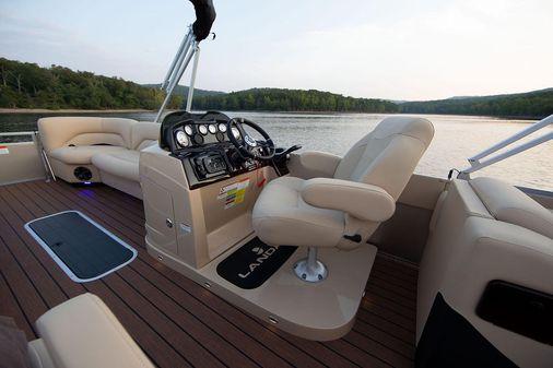 Landau Atlantis 250 Cruise Split Rear Lounge image
