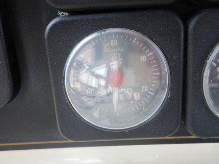 Tollycraft 40' Sundeck image
