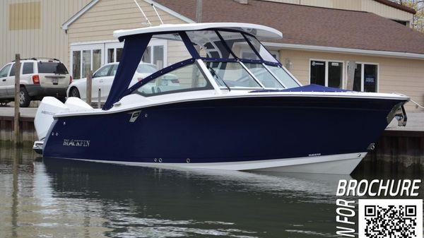Blackfin 272 DC