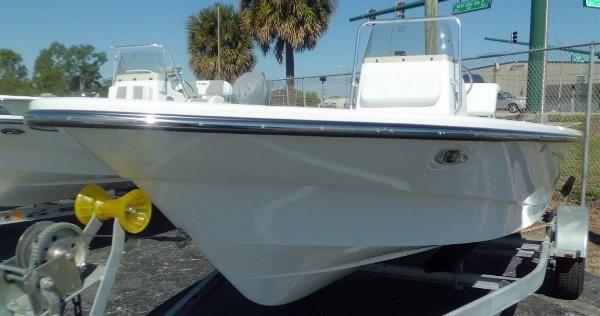 Frontier Boats 180 CC w F115hp Yamaha 4-Stroke EFI Outboard Motor image