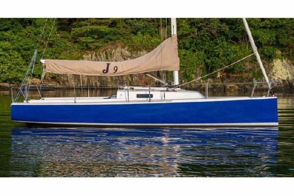 J Boats J/9 - main image
