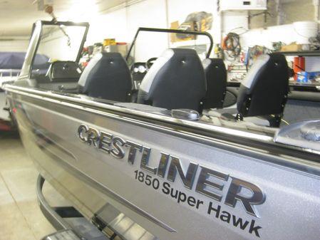 Crestliner 1850 Super Hawk image