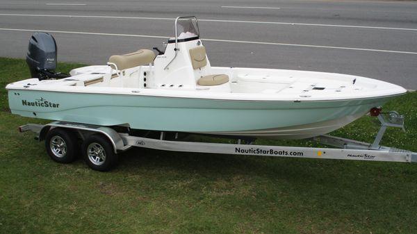 NauticStar 227 XTS