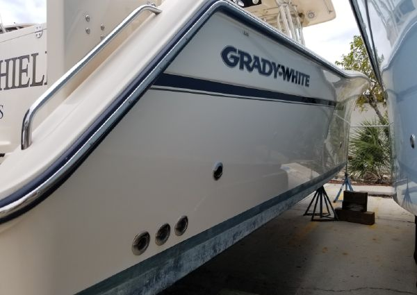 Grady-White Canyon 336 image