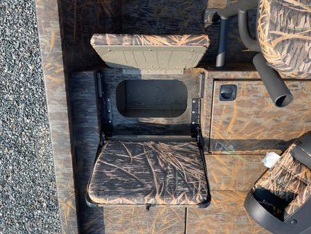 G3 Bay 20 DLX Camo image