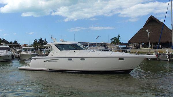 Tiara Yachts 4400 Sovran