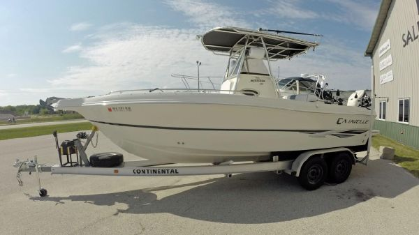 Caravelle Sea Hawk 230 Center Console