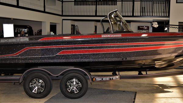 Skeeter WX 2200