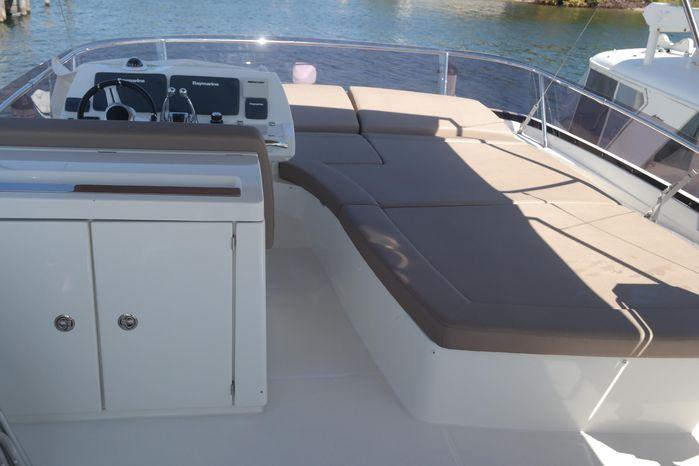 2015 Prestige 550 BoatsalesListing Maine