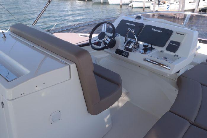 2015 Prestige 550 Buy BoatsalesListing