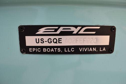 Epic E2 2100 Bay image