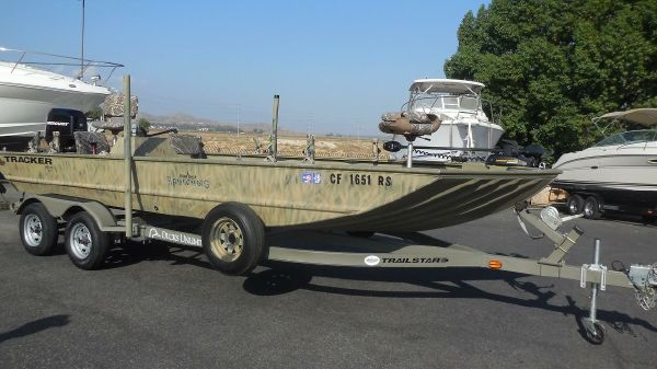 Tracker 2072 SC Duck Blind