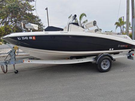 Yamaha Boats FSH190 image