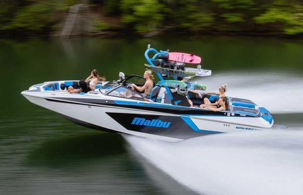 2022 Malibu Wakesetter 24 MXZ