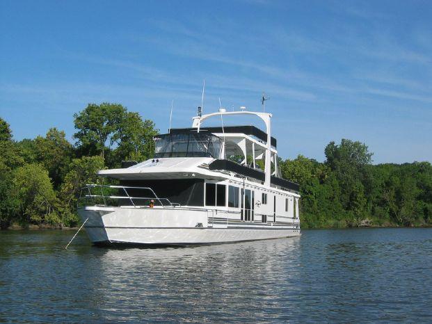 2003 Majestic 90X18 Tri Deck River Cruiser Brokerage Broker