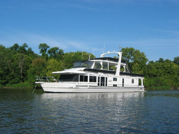2003 Majestic 90X18 Tri Deck River Cruiser