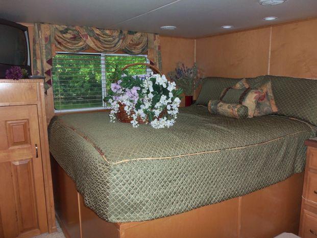 2003 Majestic 90X18 Tri Deck River Cruiser Buy Purchase