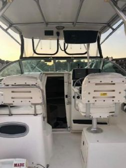 Boston Whaler 275 Conquest image