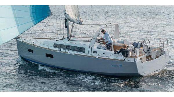 Beneteau America Oceanis 38.1