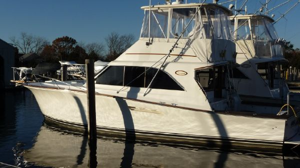 Ocean Yachts Super Sport S/S Main